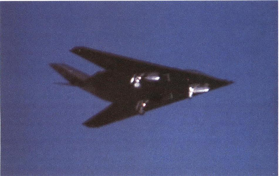 F-117A With Landing Gear Extended Seen in Pattern Near Tonopah Base, Page: 22 - JULY 10, 1989 | Aviation Week
